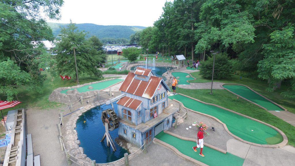 Barnyard Swing Mini Golf And Family Fun Center